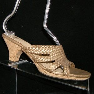 Sofft gold leather weave braided sandal heels 9.5M